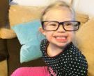 Lucy im Mai 2015 mit Mamas Brille